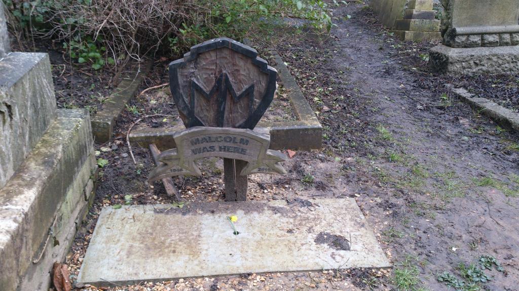 Highgate Cemetery - East, Malcolm McLaren