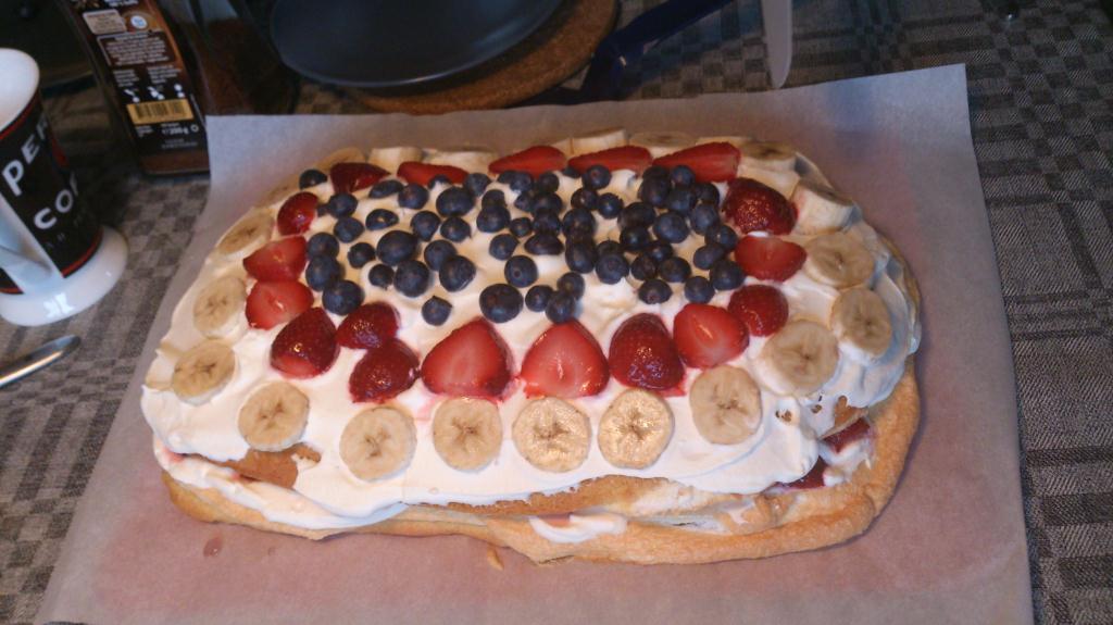 Tårta till Frida som fyller 25-år idag
