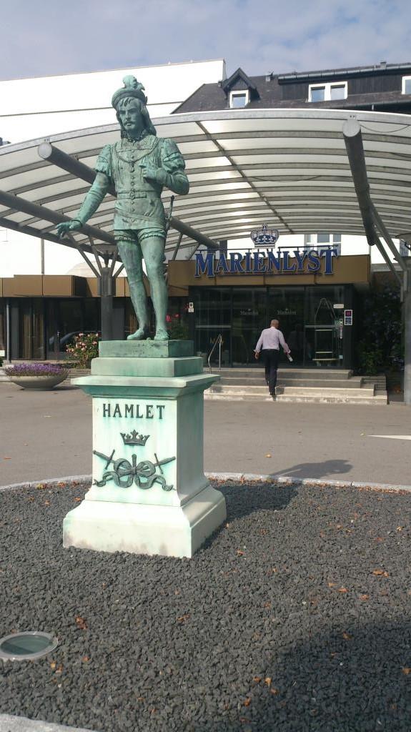 Hamlet vid Marienlyst Hotell Helsingør