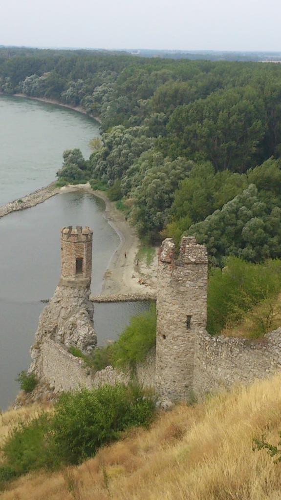 Ett av tornen vid Donau, Slottet Devin