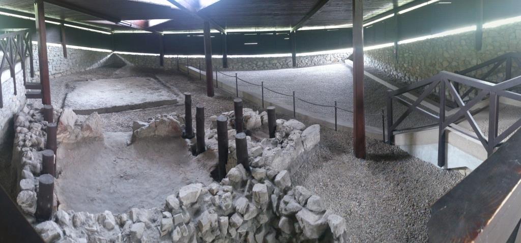 Kyrka vid Devin, uppförd ca 855-874