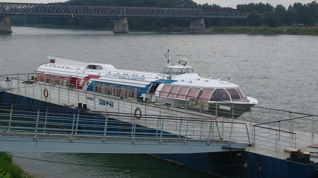 Båten som skulle ta oss till Wien