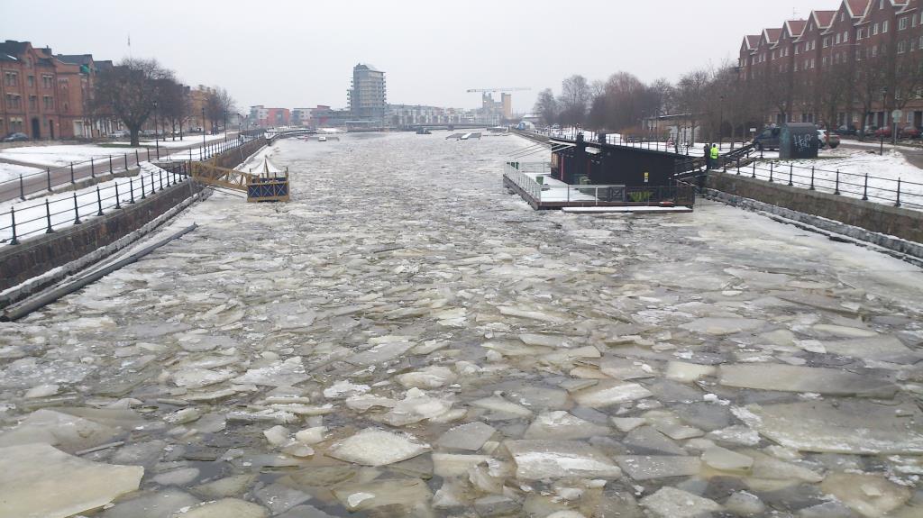 Trasig is i Gavleån