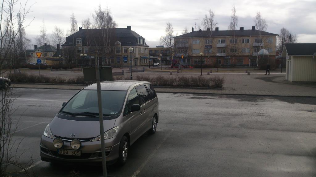 Bilen redo att köra oss norrut mot Karasjok