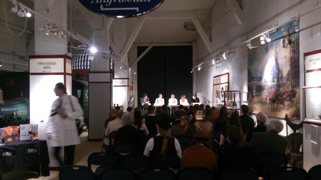 Steampunkfestivalen 2014, Paneldiskussion i Hall 1