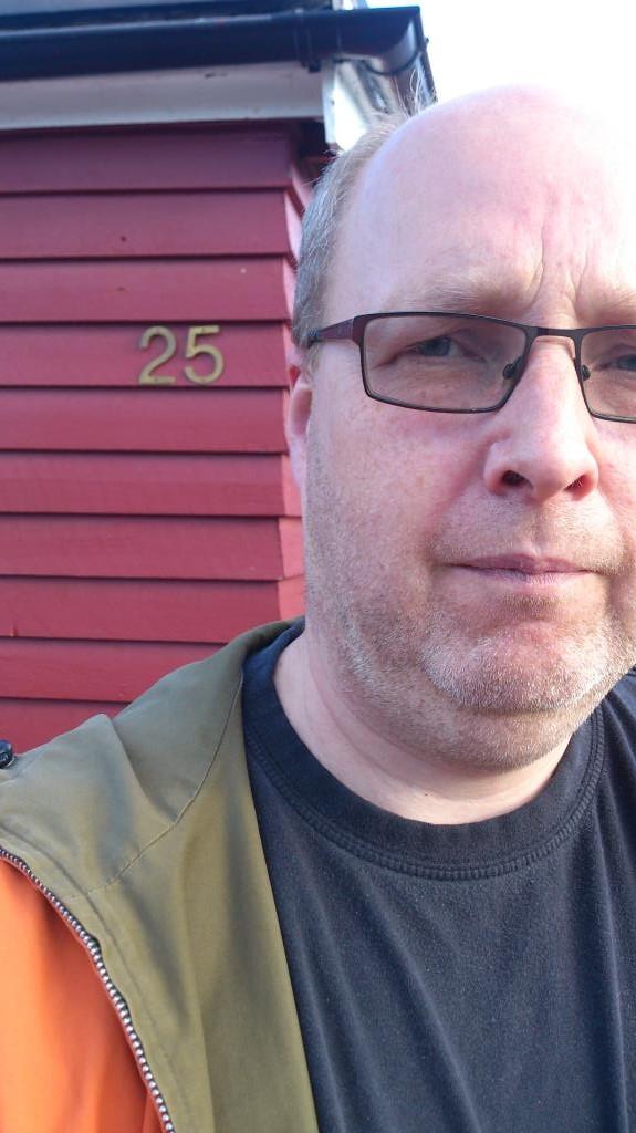 Stefan Gemzell vid Solgatan 25, Jokkmokk